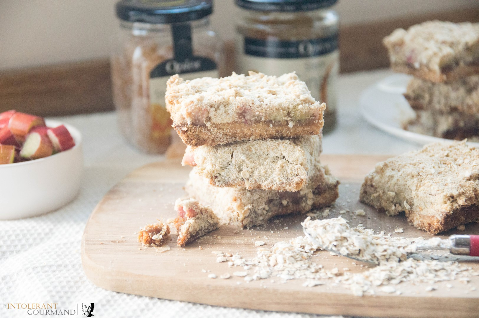 Rhubarb Ginger Crumble Bars - these delicious crumble bars are dairy and gluten free, and super simple to make! www.intolerantgourmand.com