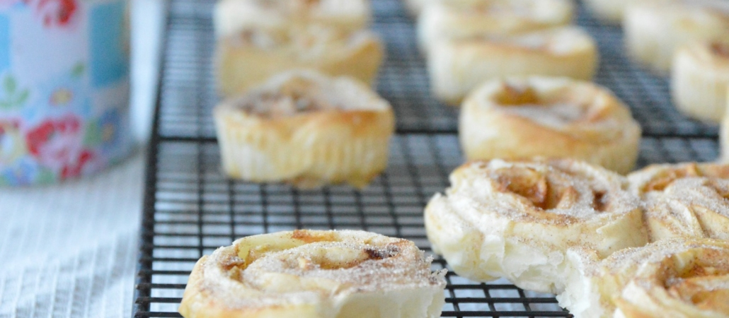 Pear & cinnamon breakfast rolls